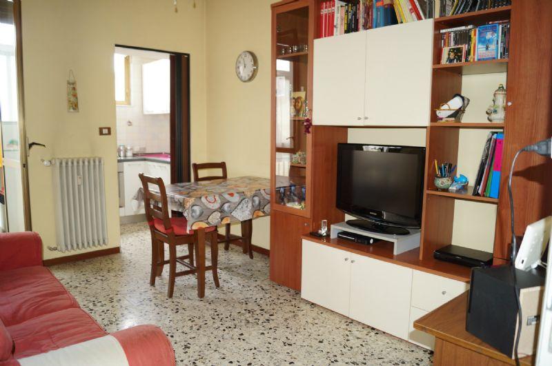 Appartamento in vendita a Grugliasco, 2 locali, prezzo € 95.000 | Cambiocasa.it