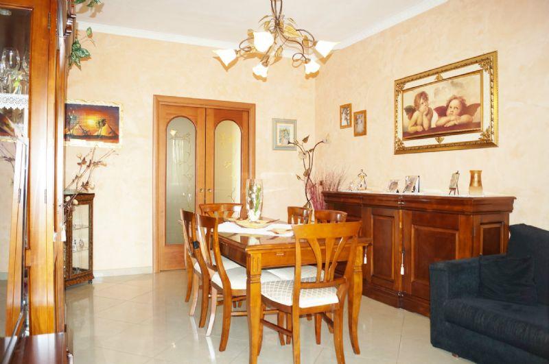 Appartamento in vendita a Grugliasco, 4 locali, prezzo € 175.000 | Cambiocasa.it