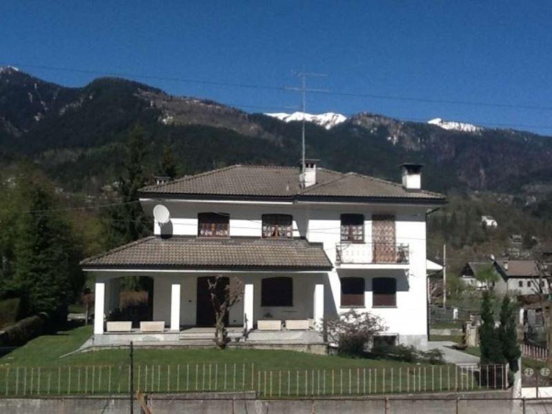 Soluzione Indipendente in vendita a Craveggia, 6 locali, prezzo € 580.000 | Cambio Casa.it
