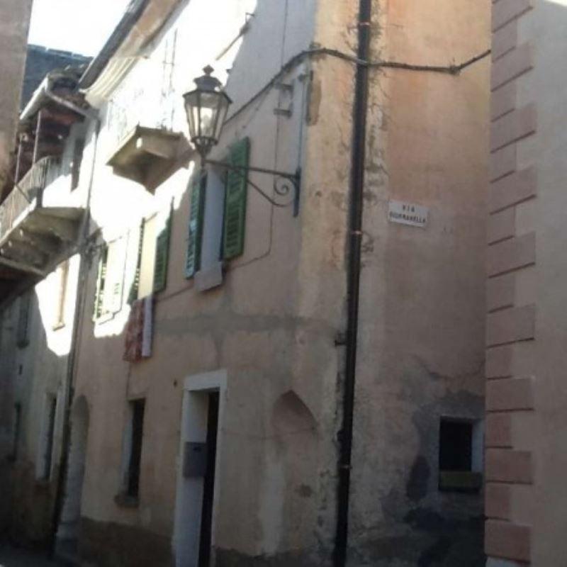 Soluzione Indipendente in vendita a Toceno, 5 locali, prezzo € 50.000 | Cambio Casa.it