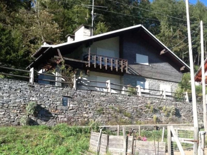 Soluzione Indipendente in vendita a Druogno, 5 locali, Trattative riservate | Cambio Casa.it