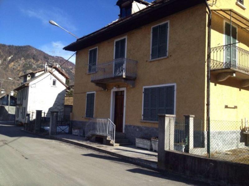 Appartamento in vendita a Malesco, 2 locali, prezzo € 85.000 | Cambio Casa.it