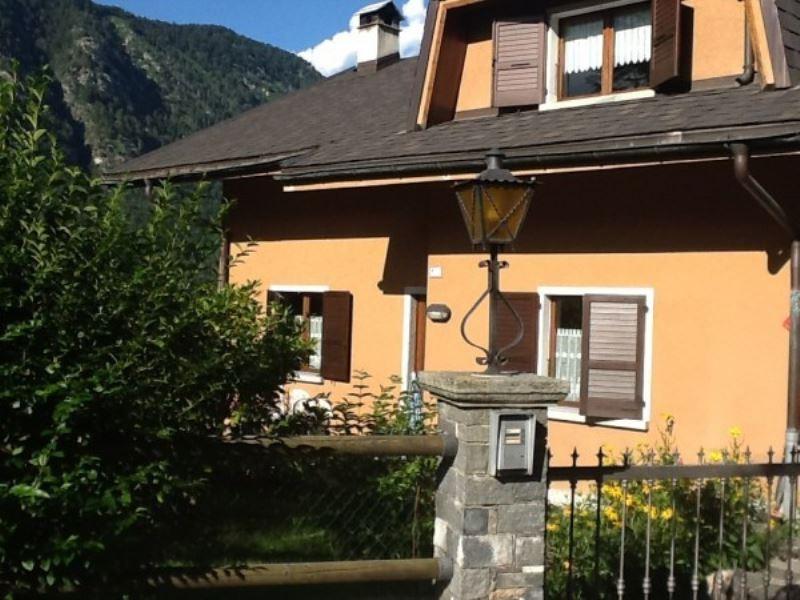 Soluzione Indipendente in vendita a Malesco, 6 locali, Trattative riservate | Cambio Casa.it