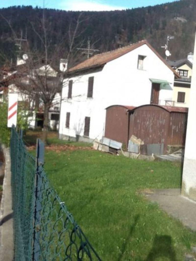 Soluzione Indipendente in vendita a Malesco, 3 locali, prezzo € 130.000 | Cambio Casa.it