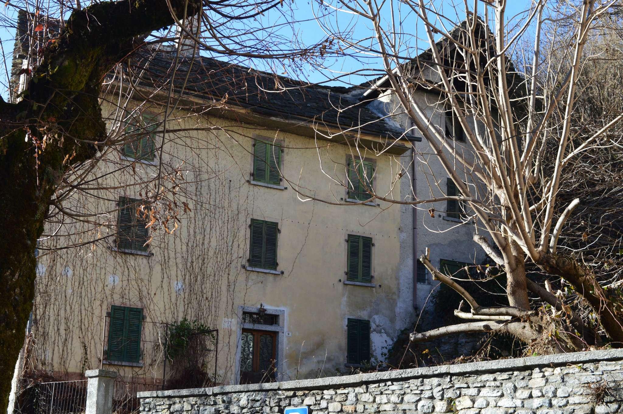 Soluzione Indipendente in vendita a Re, 8 locali, prezzo € 60.000 | Cambio Casa.it