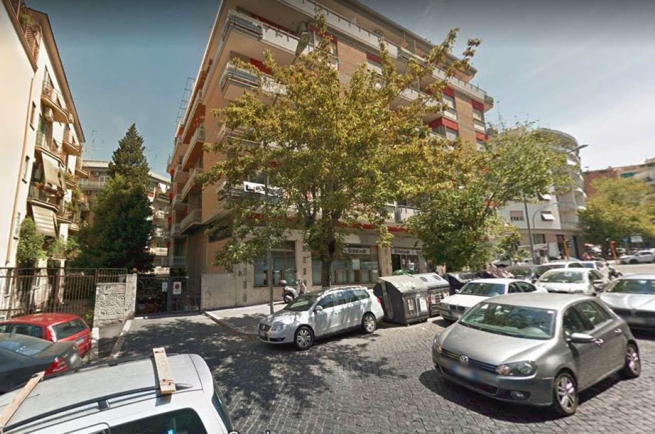 Box in vendita a Roma in Viale Somalia, 25
