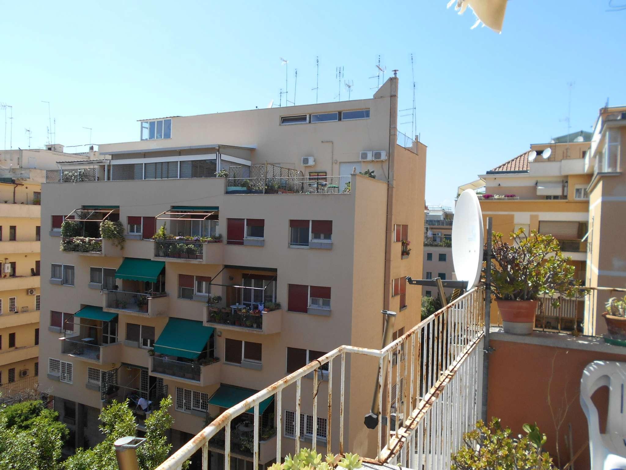 Appartamento in vendita 4 vani 105 mq.  via Ruggero Leoncavallo  5 Roma