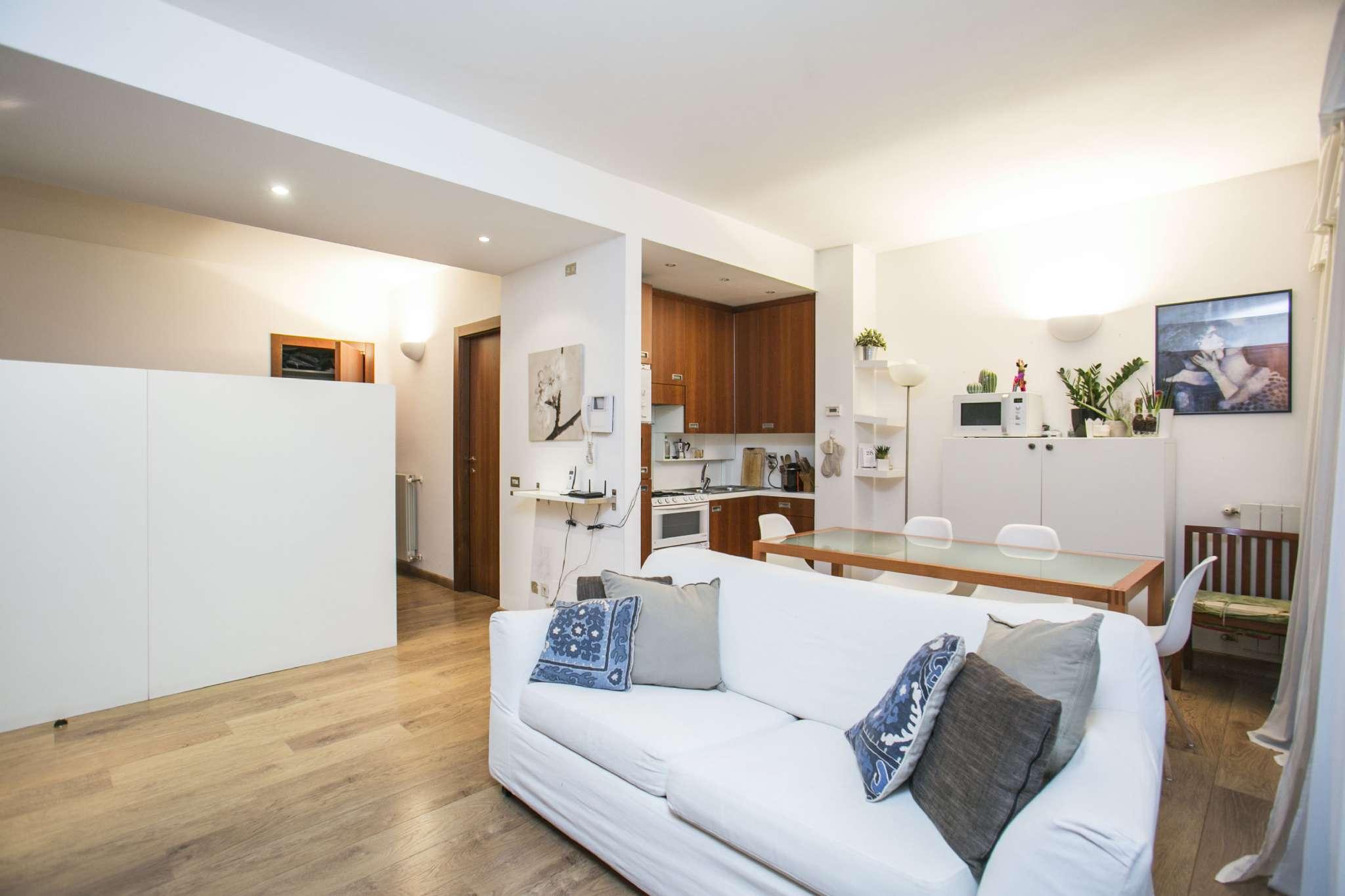 Appartamento in vendita 1 vano 50 mq.  viale BLIGNY Milano