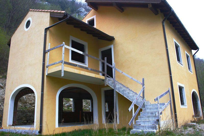 Villa in vendita a Finale Ligure, 9 locali, prezzo € 190.000 | Cambio Casa.it