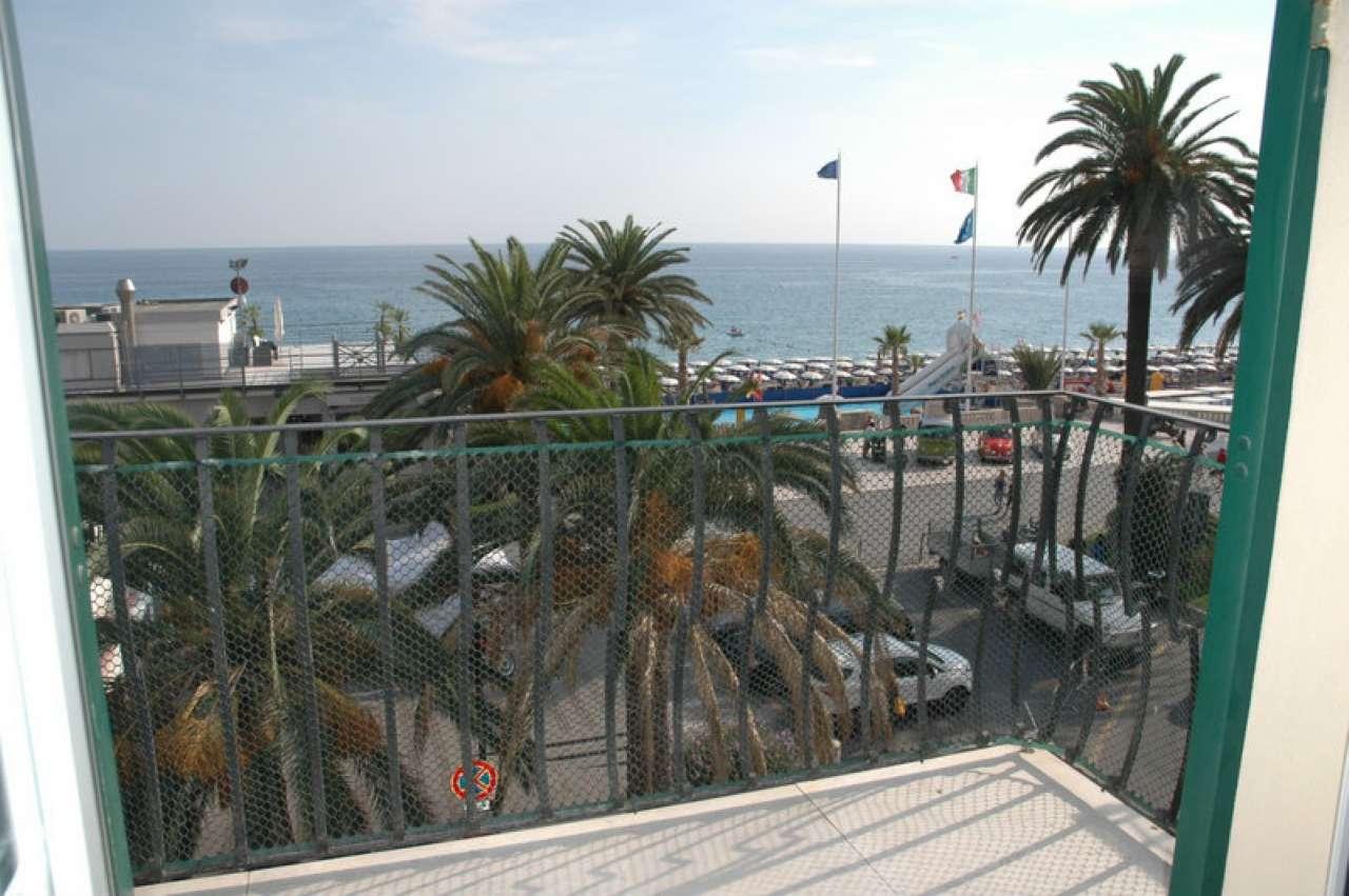 Appartamento in affitto a Finale Ligure, 4 locali, Trattative riservate | Cambio Casa.it