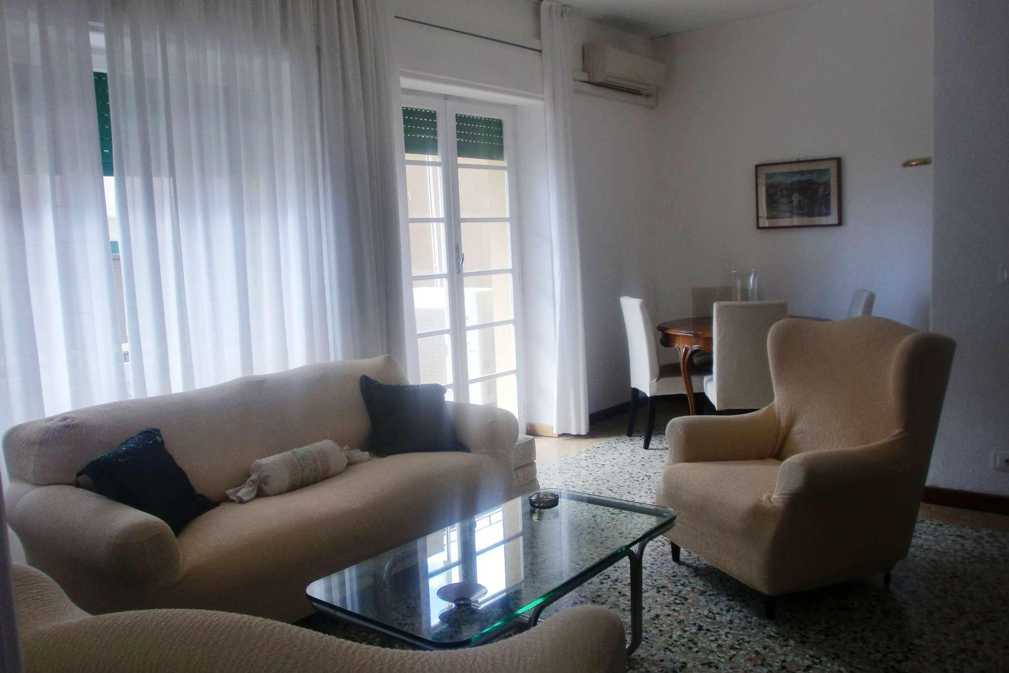Appartamento in affitto a Finale Ligure, 5 locali, Trattative riservate | Cambio Casa.it