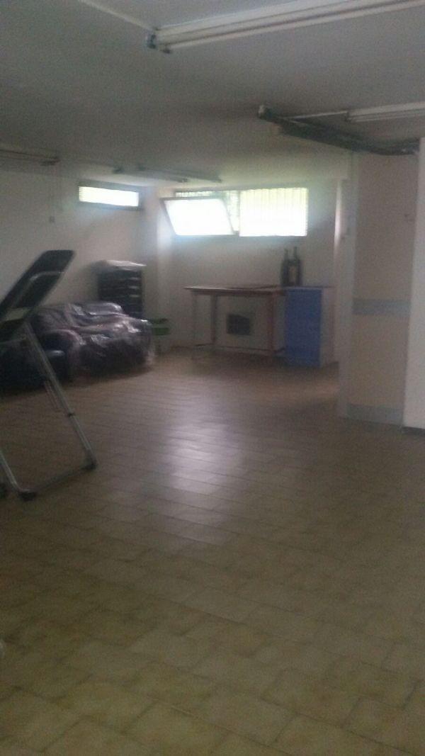 Magazzino in vendita a Monza, 2 locali, zona Zona: 5 . San Carlo, San Giuseppe, San Rocco, prezzo € 65.000 | Cambio Casa.it