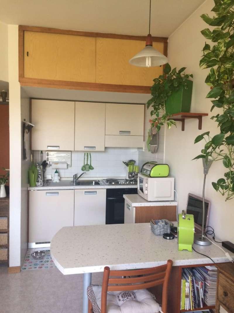 Appartamento in affitto a Vedano al Lambro, 2 locali, prezzo € 350 | CambioCasa.it