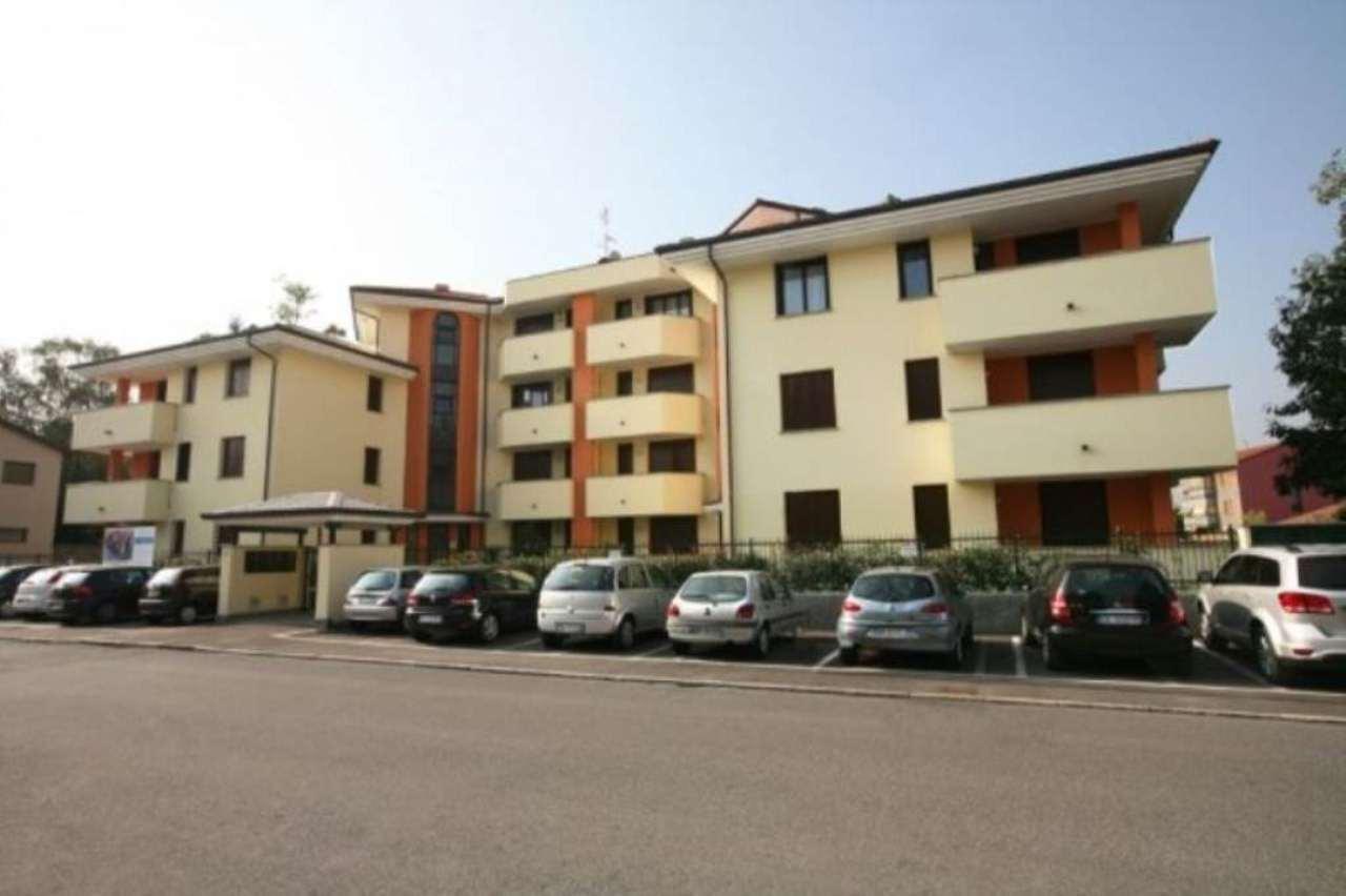 Bilocale Concorezzo Via Monte Grappa 6