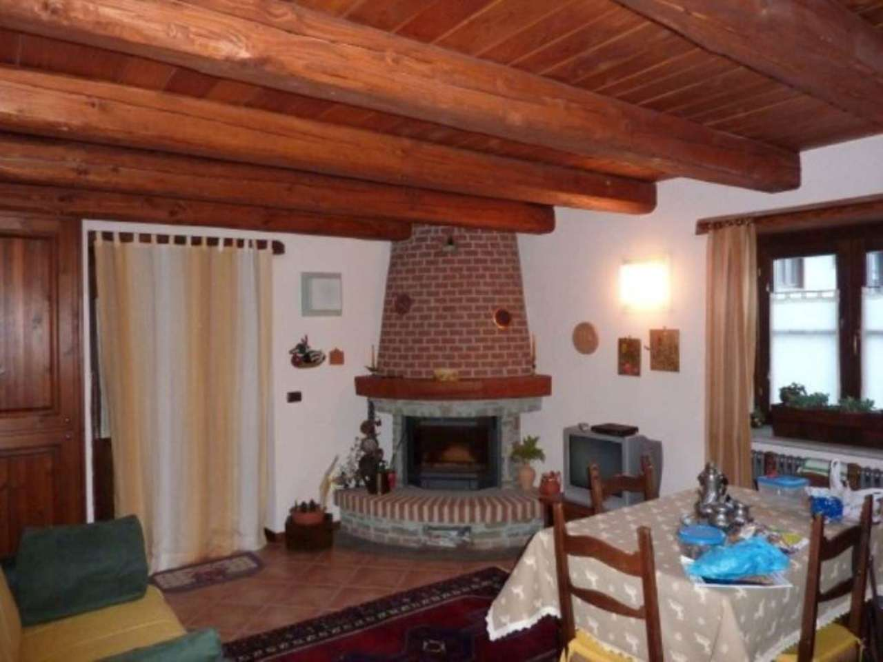 Appartamento in vendita a Oulx, 2 locali, prezzo € 99.000 | Cambio Casa.it