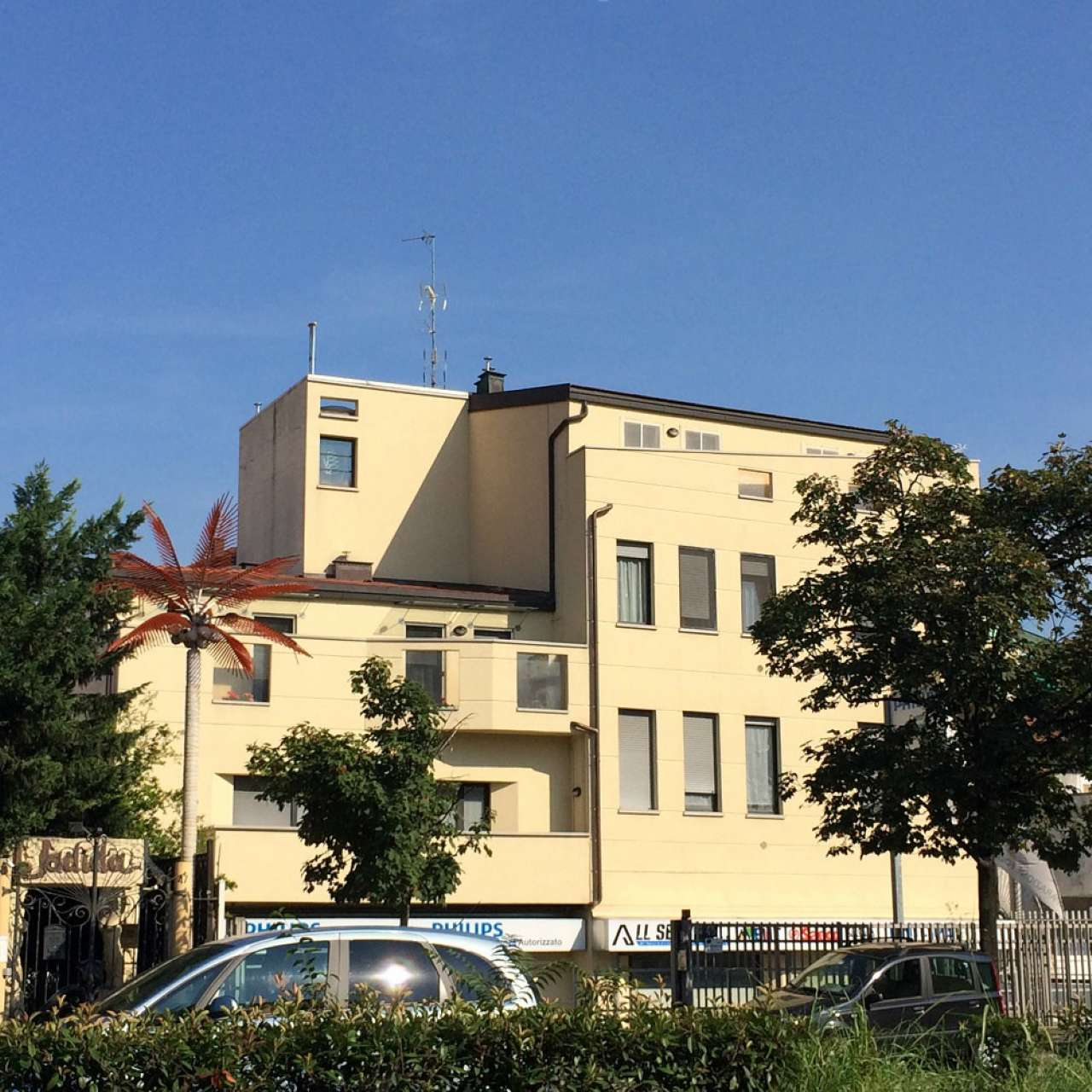 Appartamento in affitto a Milano, 2 locali, zona Zona: 8 . Bocconi, C.so Italia, Ticinese, Bligny, prezzo € 650 | Cambio Casa.it