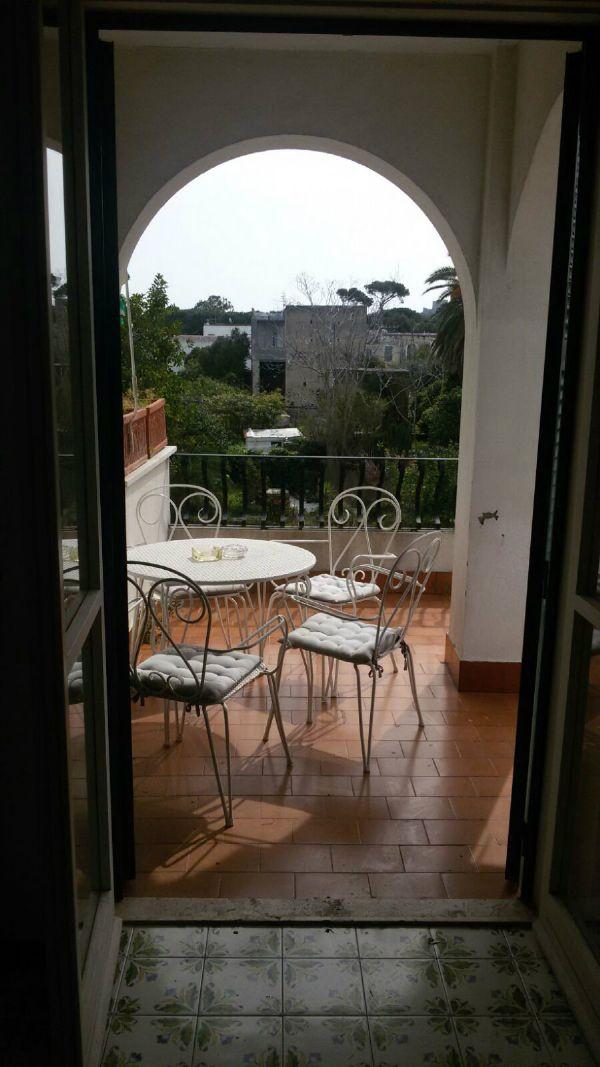 Appartamento in vendita a Ischia, 8 locali, prezzo € 580.000 | CambioCasa.it