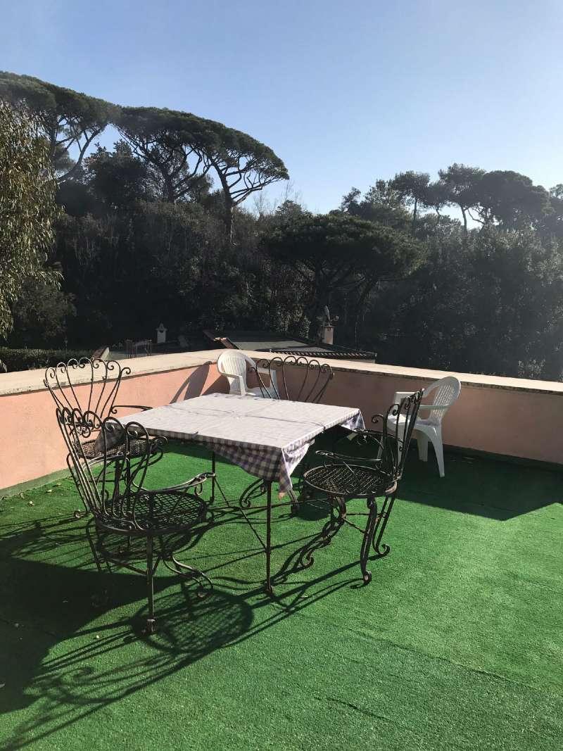 Villa in affitto a Napoli, 7 locali, zona Zona: 1 . Chiaia, Posillipo, San Ferdinando, prezzo € 2.500 | Cambio Casa.it