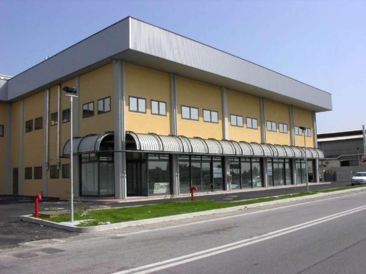 Negozio / Locale in vendita a Marcon, 9999 locali, Trattative riservate | Cambio Casa.it