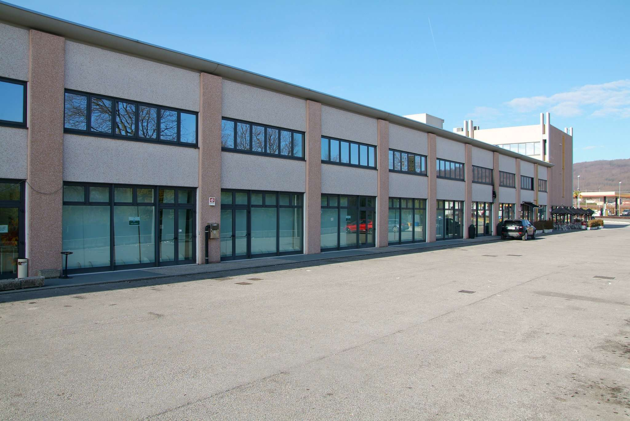 Capannone in vendita a Volpago del Montello, 9999 locali, Trattative riservate | Cambio Casa.it