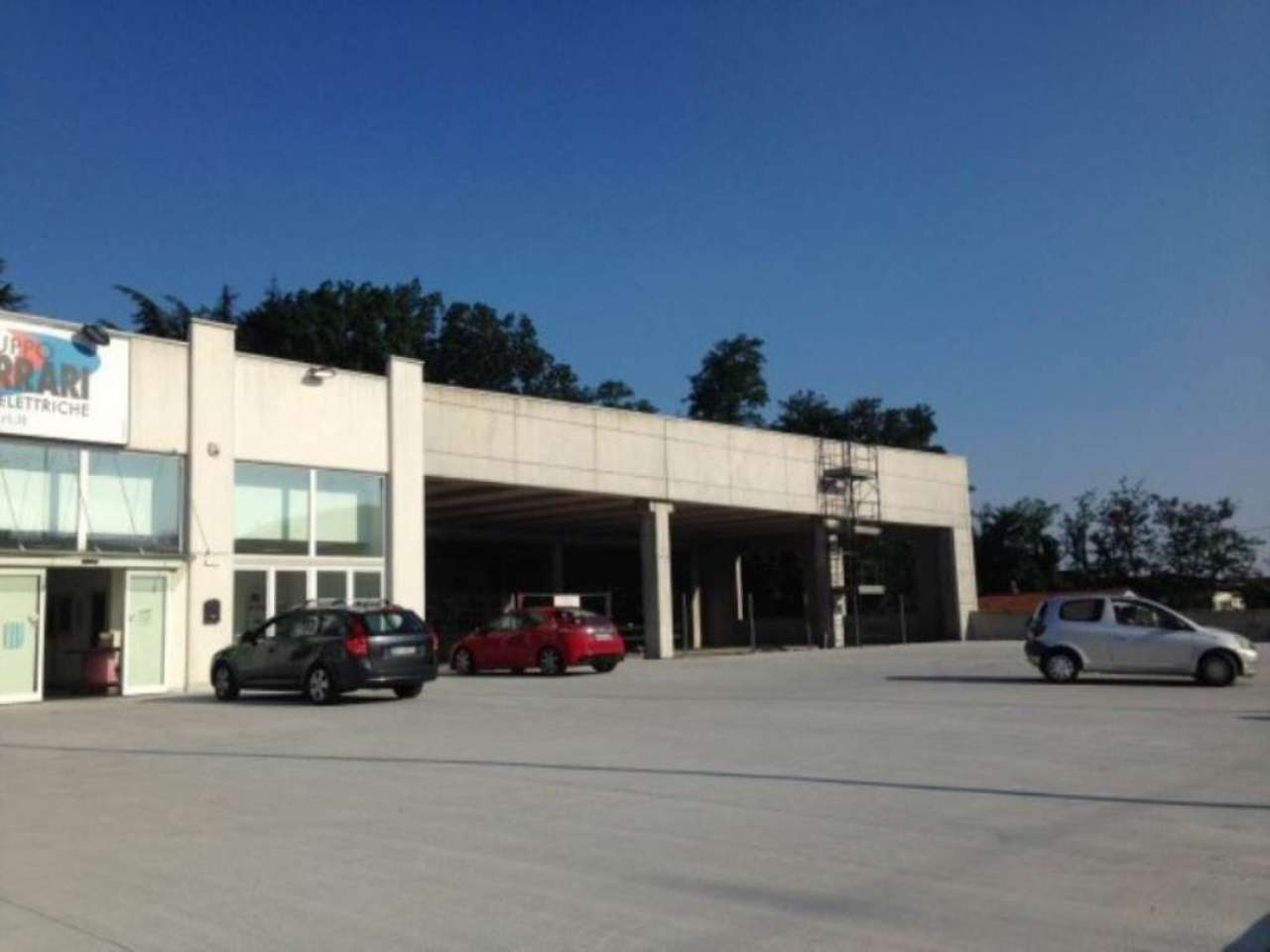 Capannone in vendita a Jerago con Orago, 9999 locali, Trattative riservate | Cambio Casa.it