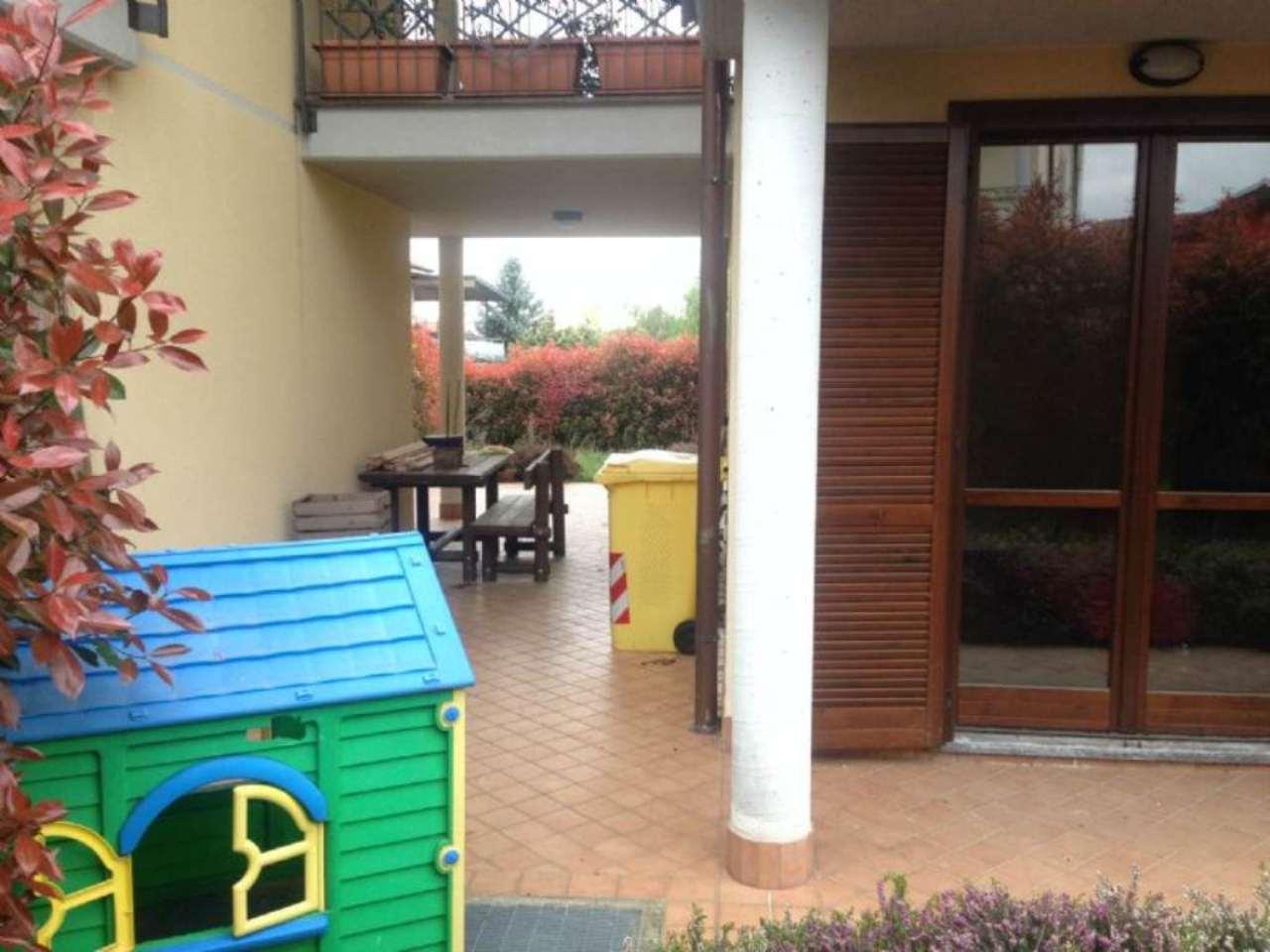 Appartamento in vendita a Jerago con Orago, 4 locali, prezzo € 219.000 | Cambio Casa.it