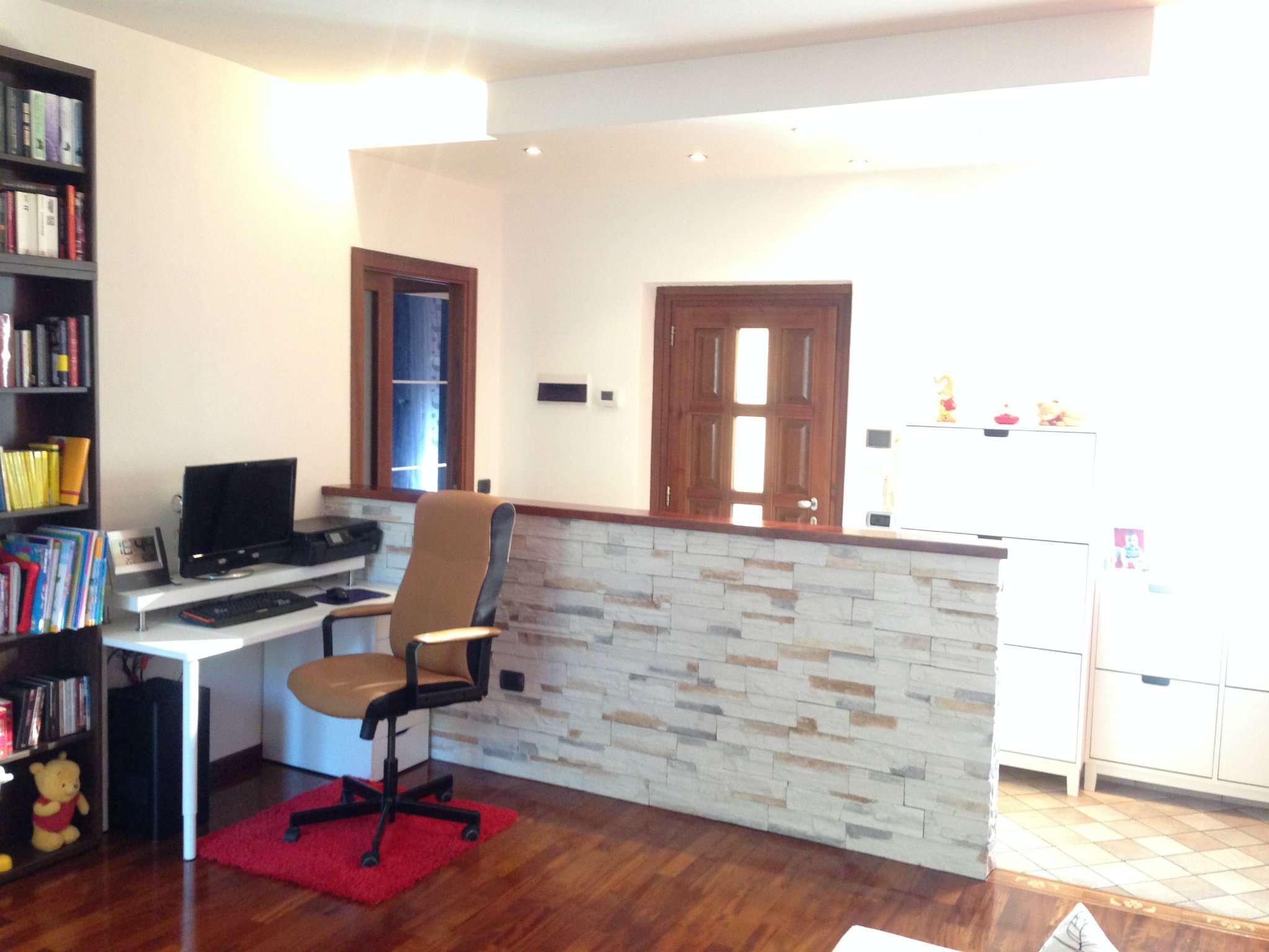 Appartamento in vendita a Cavaria con Premezzo, 3 locali, prezzo € 135.000 | Cambio Casa.it