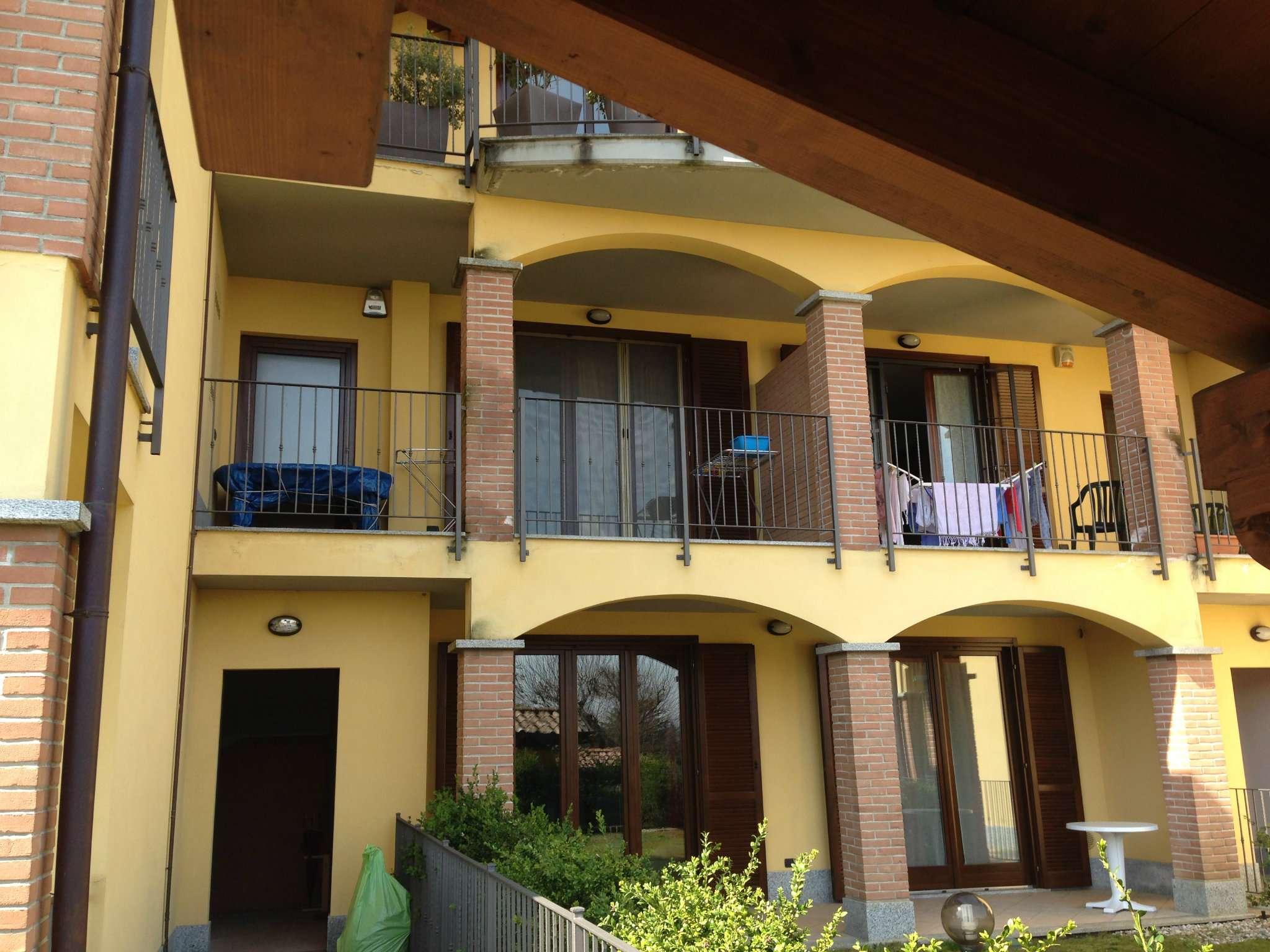 Appartamento in vendita a Jerago con Orago, 3 locali, prezzo € 119.000 | Cambio Casa.it