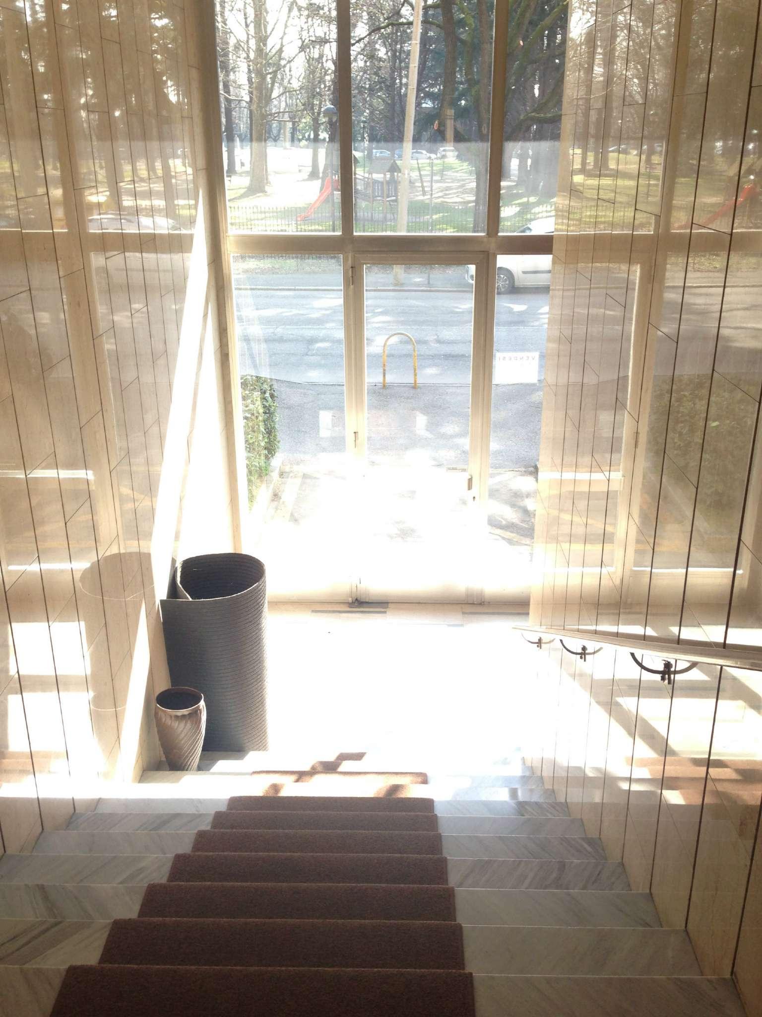 Ufficio / Studio in affitto a Gallarate, 3 locali, prezzo € 850 | Cambio Casa.it