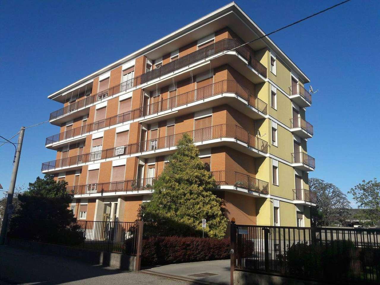 Appartamento in affitto a Lonate Pozzolo, 3 locali, prezzo € 350 | Cambio Casa.it