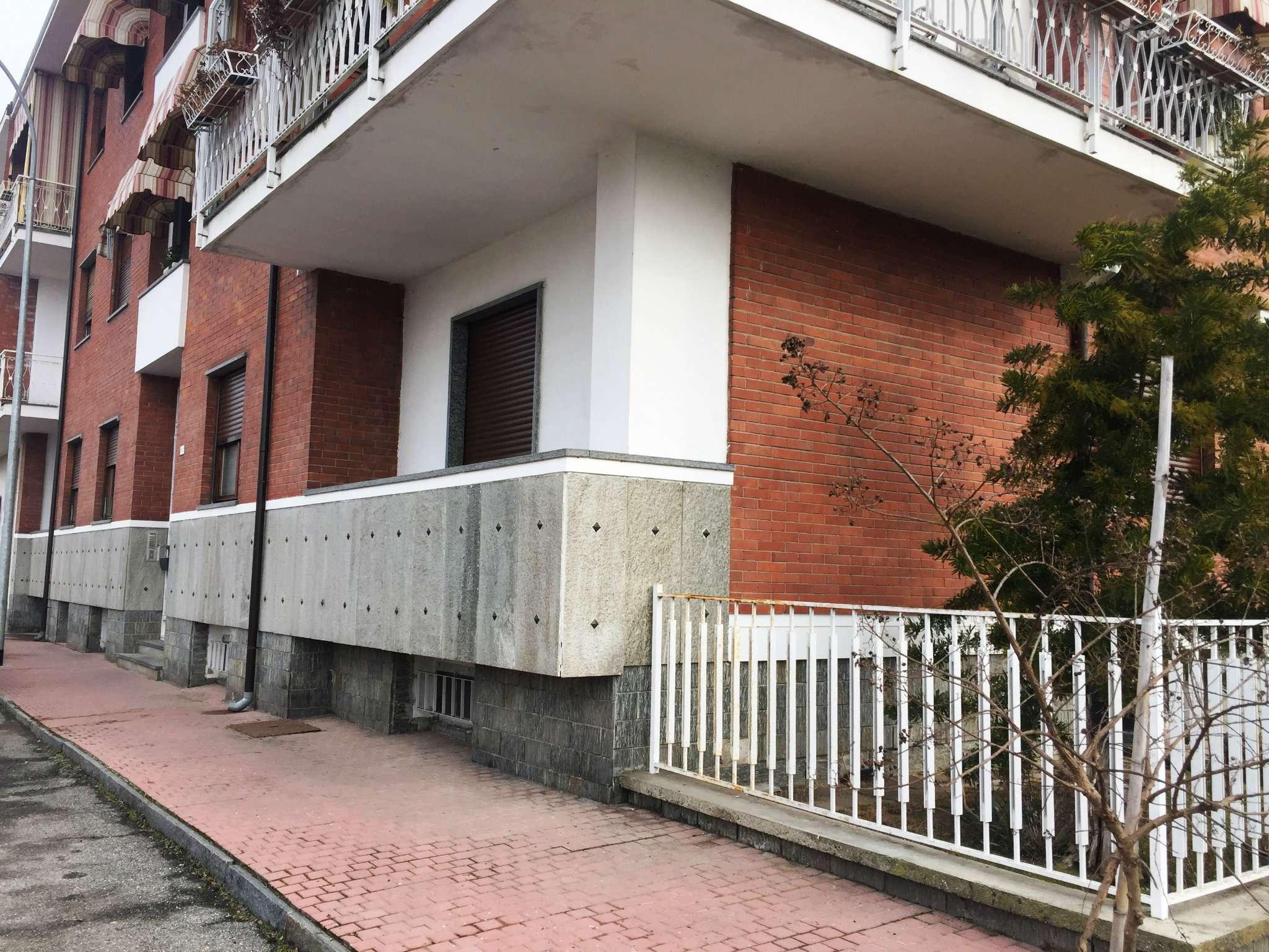 Appartamento in vendita a Leini, 4 locali, prezzo € 159.000 | Cambio Casa.it
