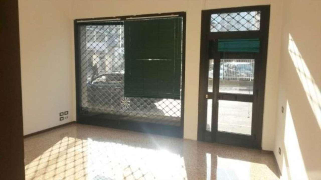Negozio / Locale in vendita a Varese, 2 locali, prezzo € 100.000 | Cambio Casa.it