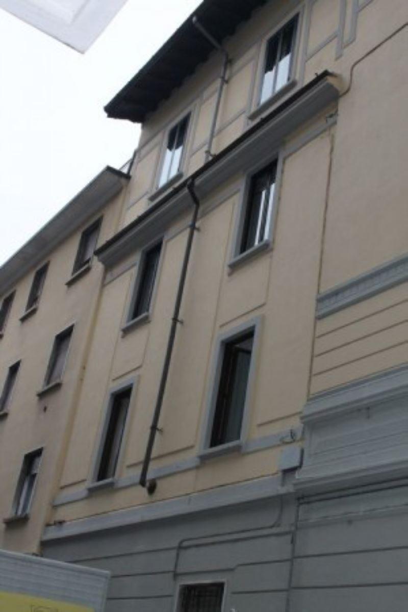 Ufficio / Studio in vendita a Varese, 3 locali, prezzo € 145.000   Cambio Casa.it