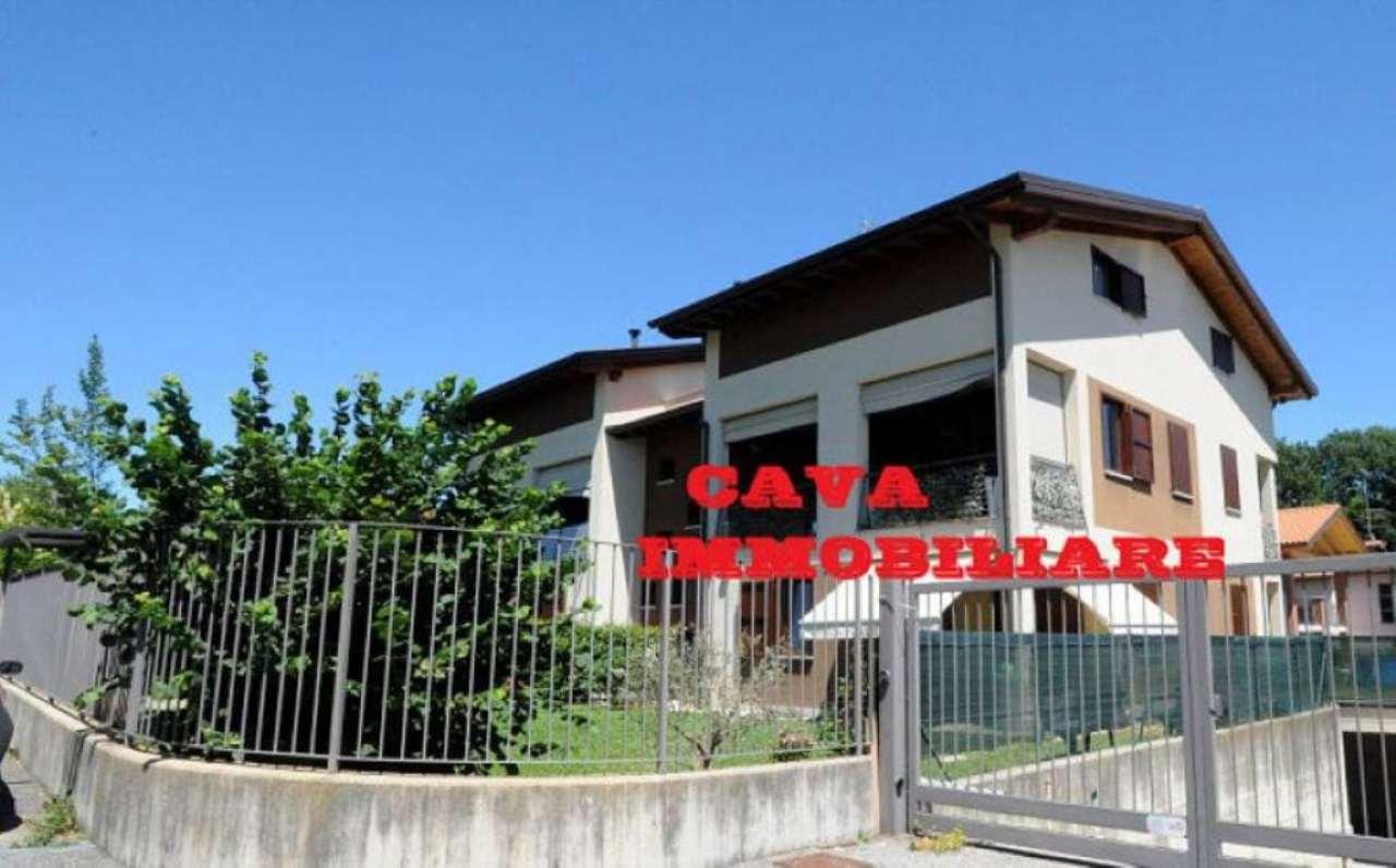 Appartamento in vendita a Morazzone, 3 locali, prezzo € 210.000 | Cambio Casa.it