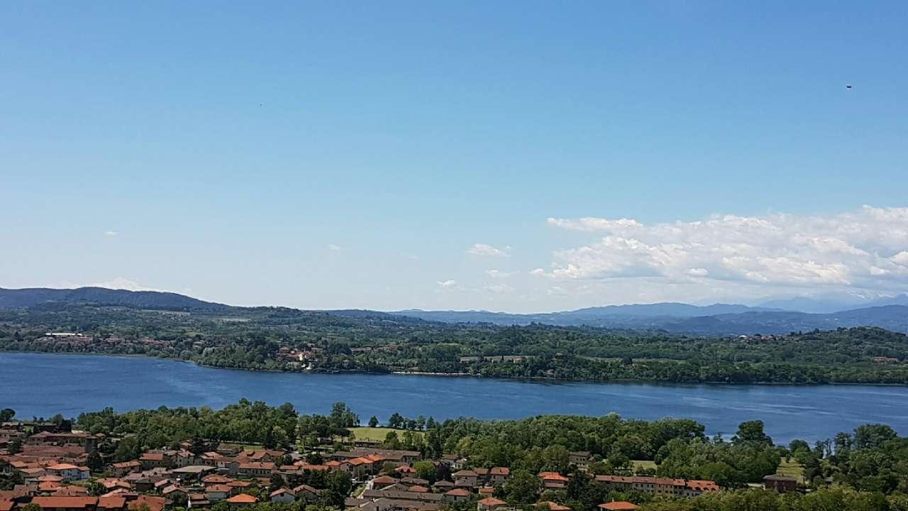 Villa a Schiera in vendita a Comerio, 3 locali, prezzo € 200.000 | CambioCasa.it
