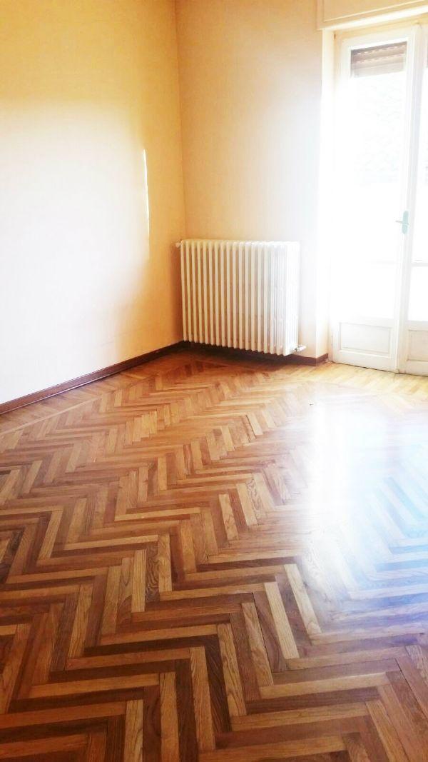 Appartamento in vendita a Pecetto Torinese, 5 locali, prezzo € 198.000 | Cambio Casa.it