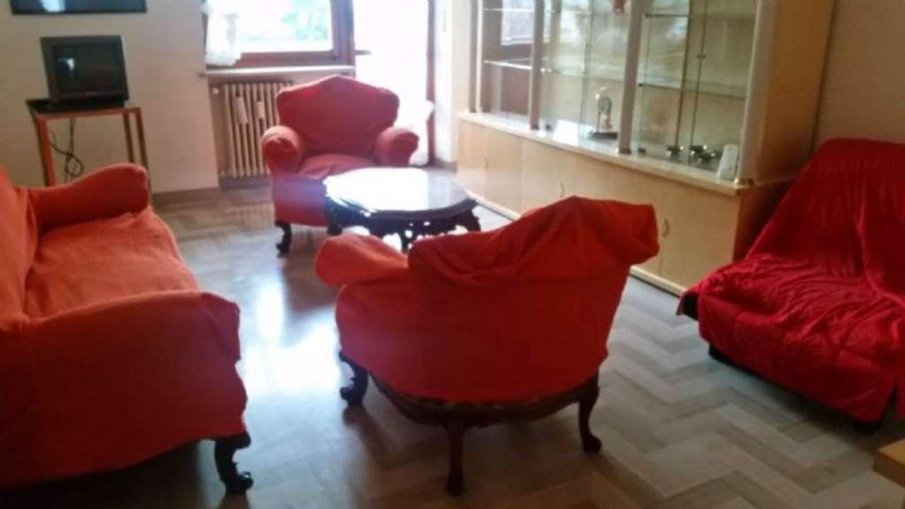 Appartamento in affitto a Santena, 3 locali, prezzo € 500 | CambioCasa.it
