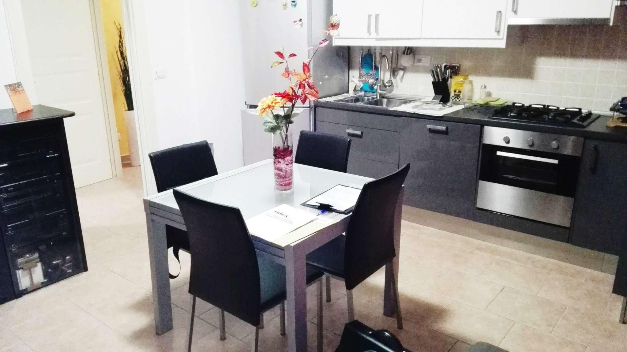 Appartamento in vendita a Santena, 2 locali, prezzo € 130.000 | Cambio Casa.it