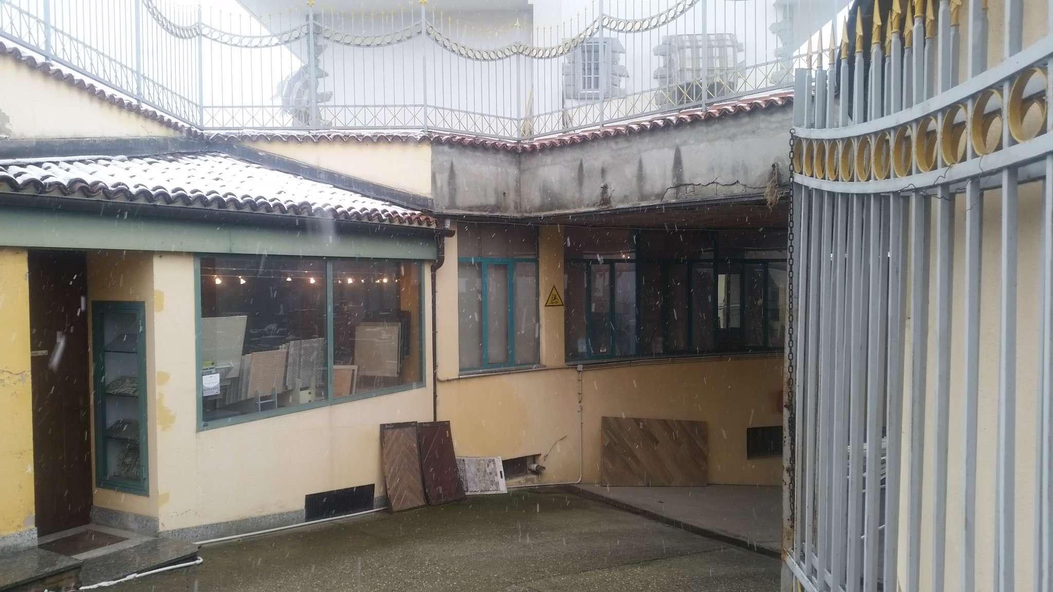 Negozio / Locale in vendita a Pecetto Torinese, 9999 locali, prezzo € 210.000 | Cambio Casa.it