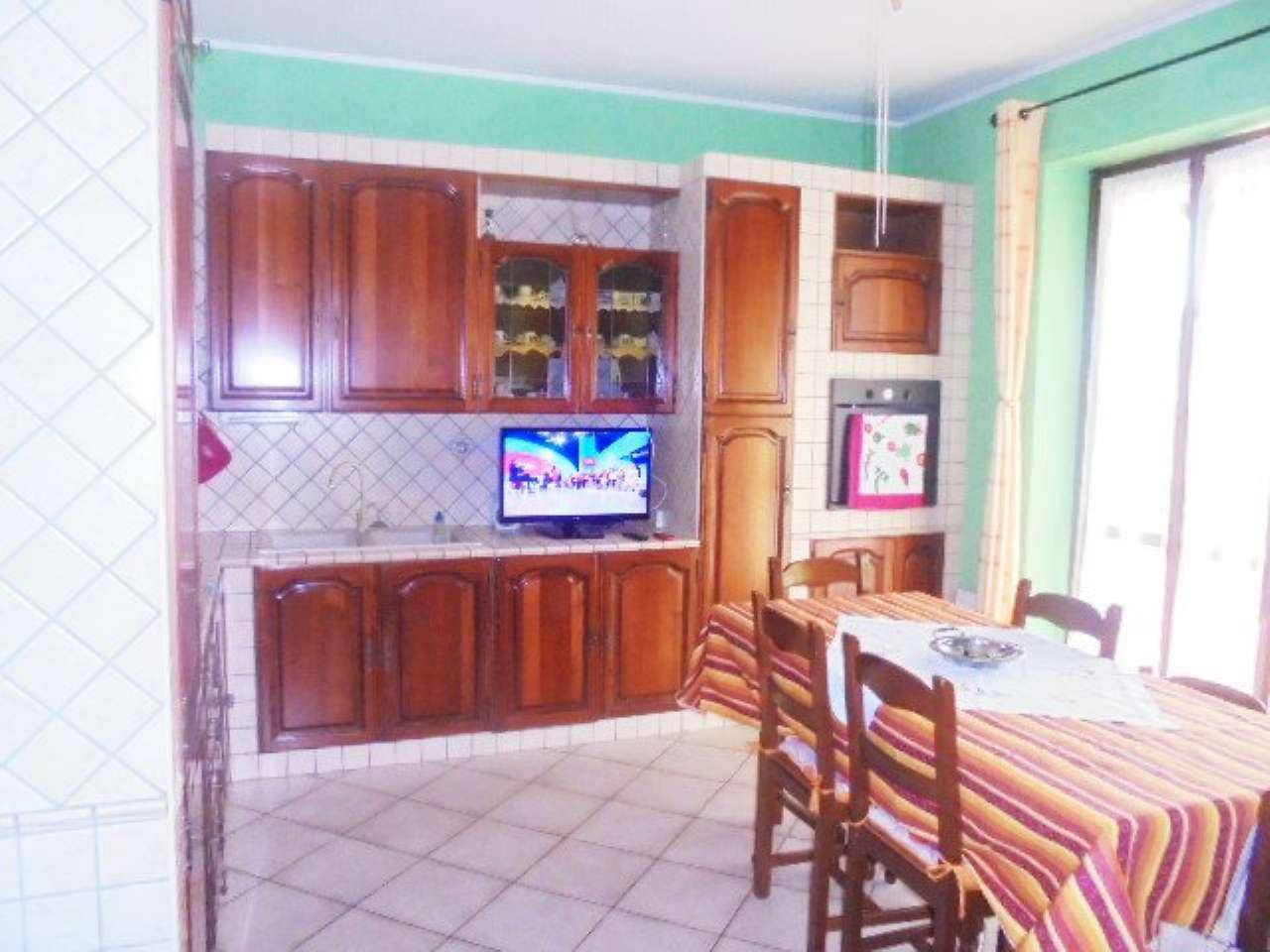 Appartamento in affitto a Santena, 3 locali, prezzo € 400 | Cambio Casa.it