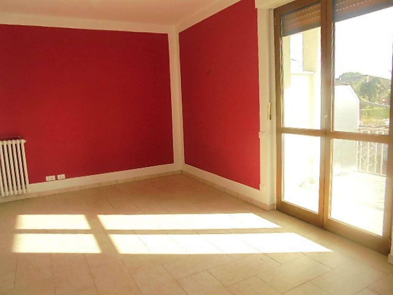Appartamento in affitto a Poirino, 3 locali, prezzo € 500 | Cambio Casa.it