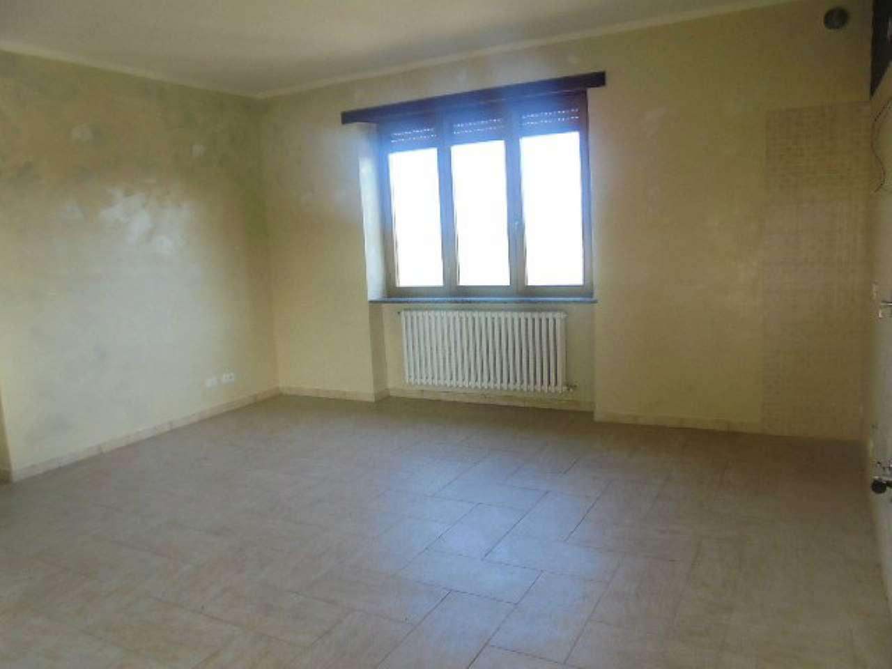 Appartamento in affitto a Poirino, 2 locali, prezzo € 450 | Cambio Casa.it