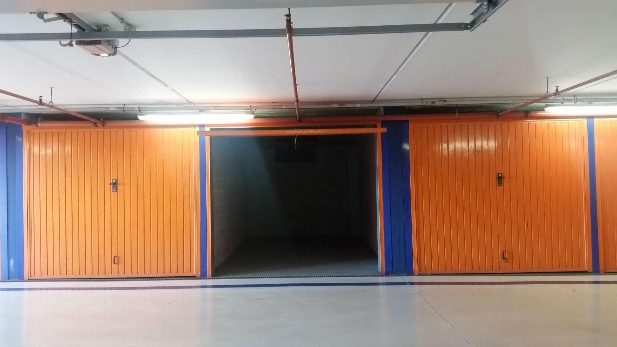 Box / Garage in vendita a Moncalieri, 1 locali, prezzo € 14.000 | CambioCasa.it