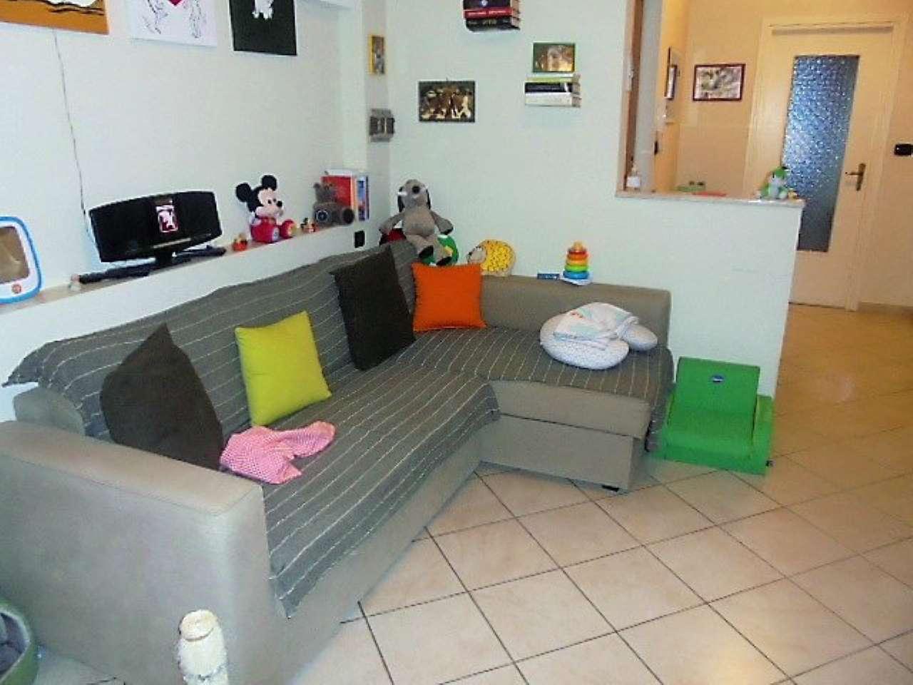 Appartamento in vendita a Cambiano, 2 locali, prezzo € 88.000 | Cambio Casa.it