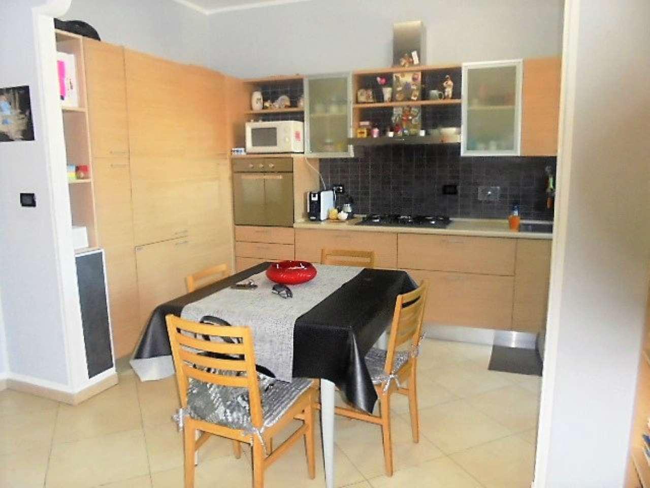 Appartamento in vendita a Cambiano, 3 locali, prezzo € 168.000 | CambioCasa.it