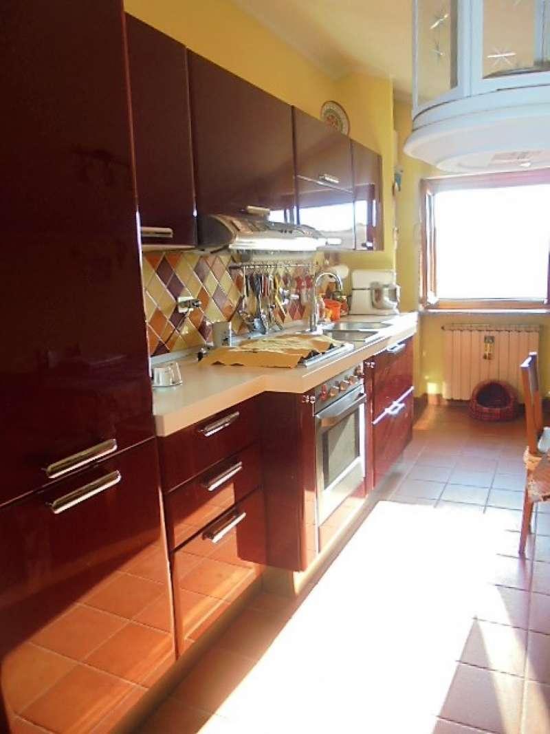 Appartamento in vendita a Cambiano, 2 locali, prezzo € 110.000 | CambioCasa.it