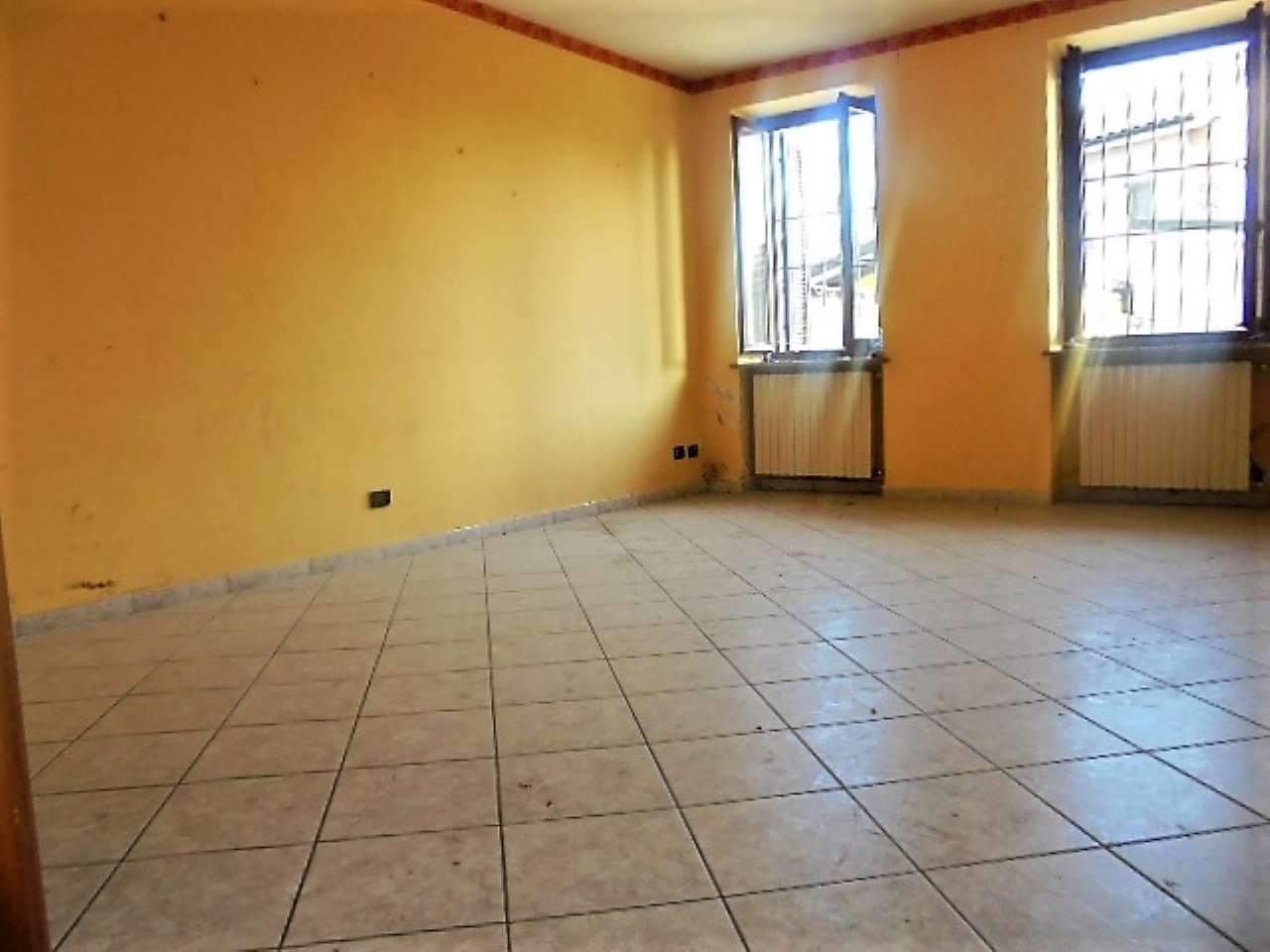 Appartamento in vendita a Santena, 3 locali, prezzo € 148.000 | CambioCasa.it