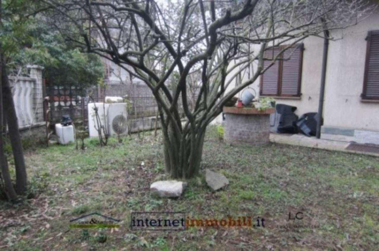 Villa in vendita a Cernusco sul Naviglio, 5 locali, prezzo € 460.000   Cambio Casa.it