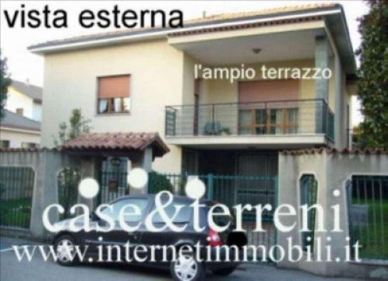Villa in vendita a Cernusco sul Naviglio, 6 locali, prezzo € 690.000 | Cambio Casa.it
