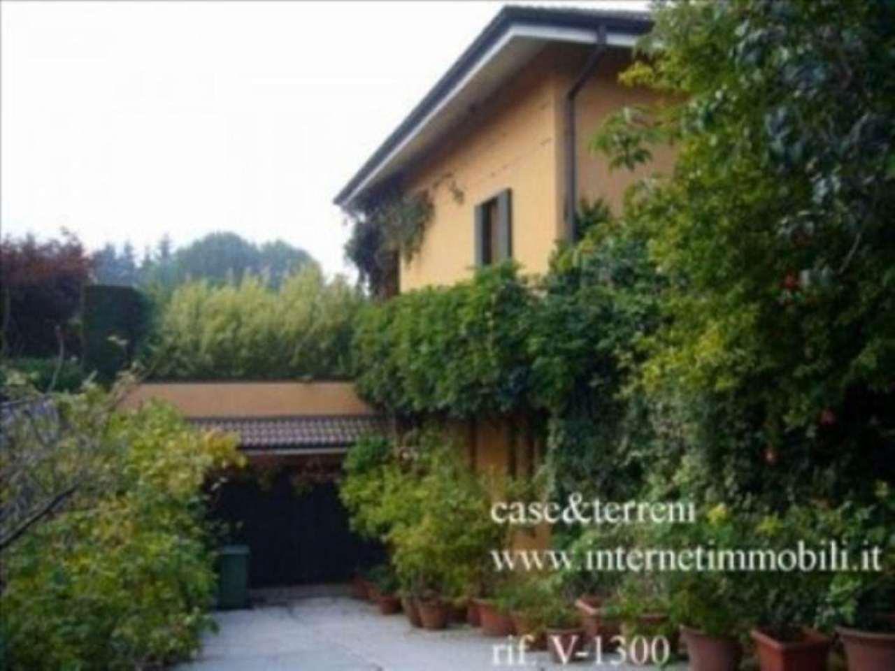 Villa in vendita a Cernusco sul Naviglio, 6 locali, prezzo € 1.100.000 | Cambio Casa.it